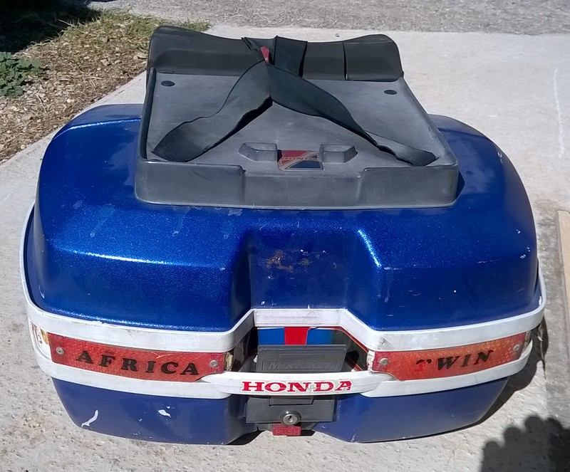 Top case Origine Honda Rd04 / Rd07 WP_20170916_002